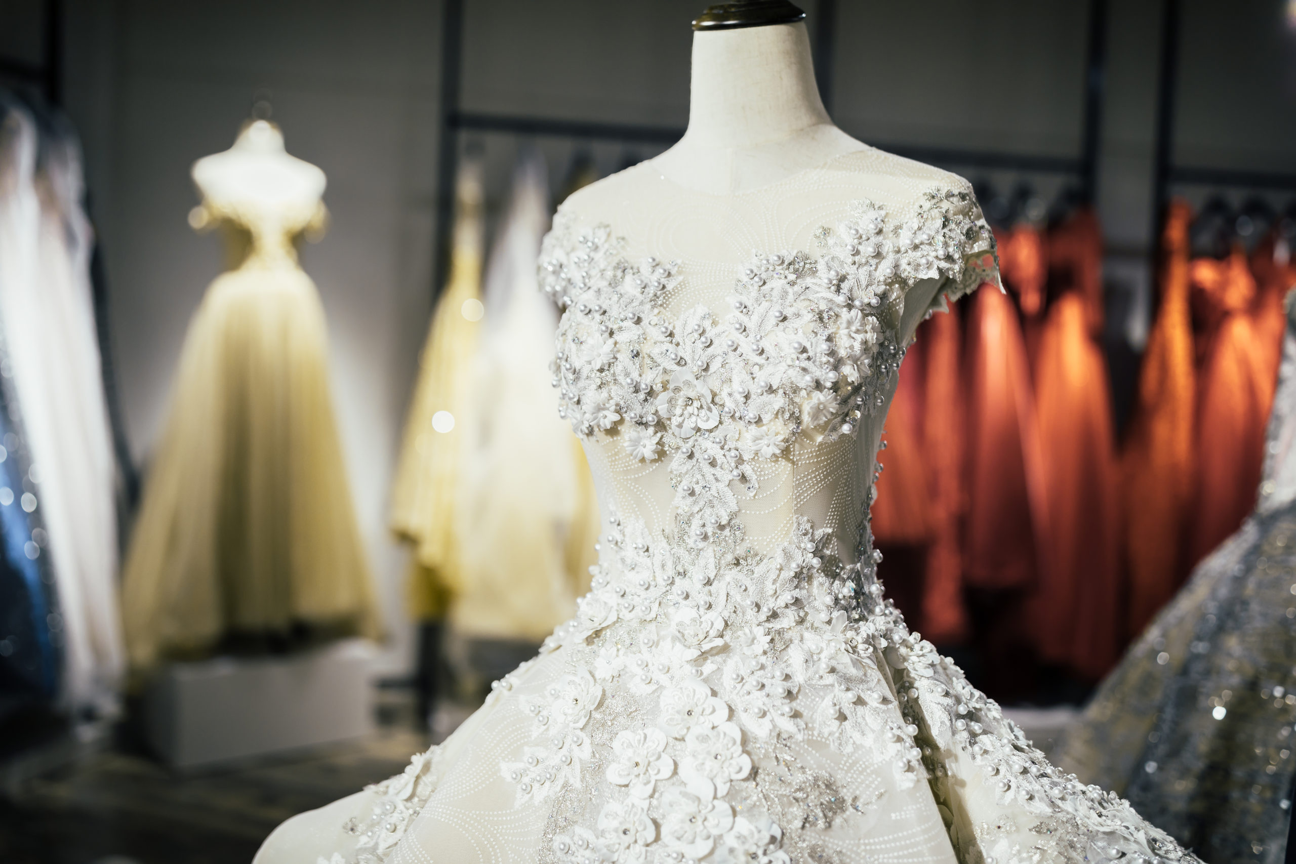 Wedding Dress Rentals Where To Rent Your Wedding Dress For Your Big Day Walletjoy