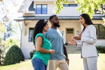 How To Find and Hire the Right Real Estate Agent